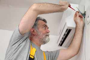 What to Look for when Hiring a HVAC Contractor in The Woodlands